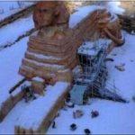 Сфинкс и пирамиды оказались под снегом